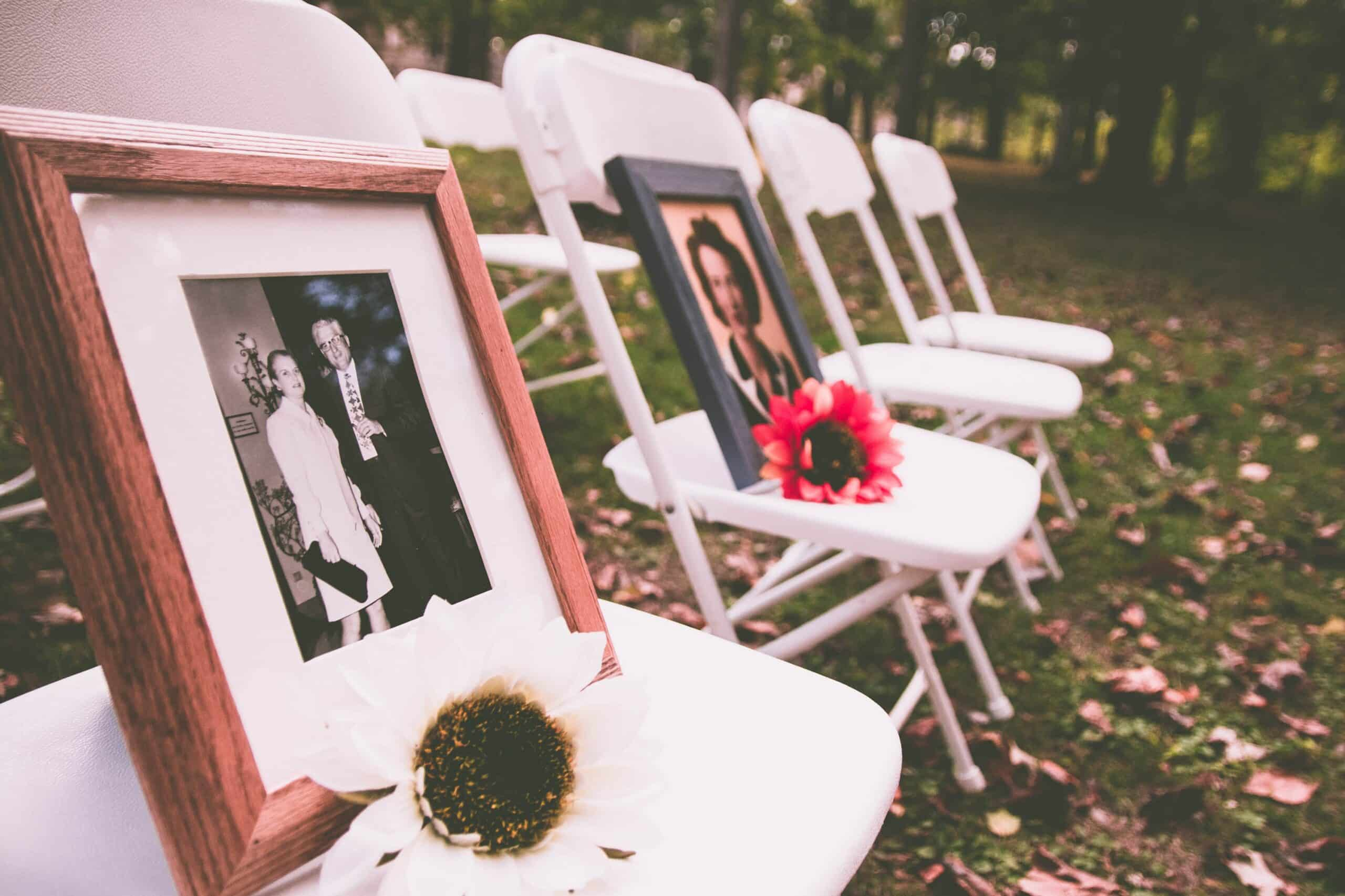Differences between a Funeral and a Memorial Service